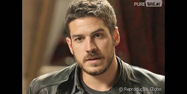 """Em """"A Regra do Jogo"""", Dante (Marco Pigossi) não perdoa Tóia (Vanessa Giácomo) pela morte de Romero (Alexandre Nero)"""