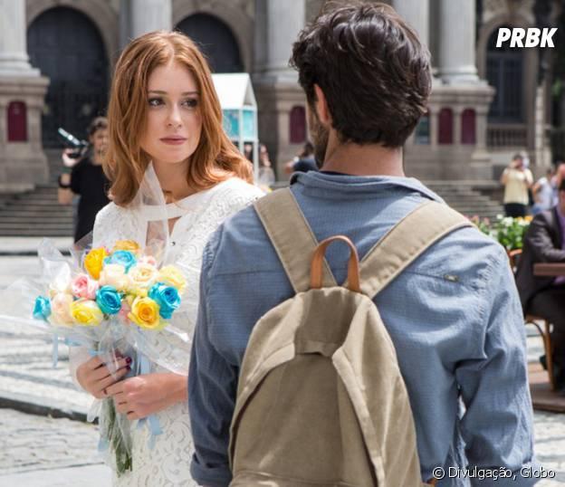 """Novela """"Totalmente Demais"""": Eliza (Marina Ruy Barbosa) e Jonatas (Felipe Simas) se reencontram e trocam olhares"""