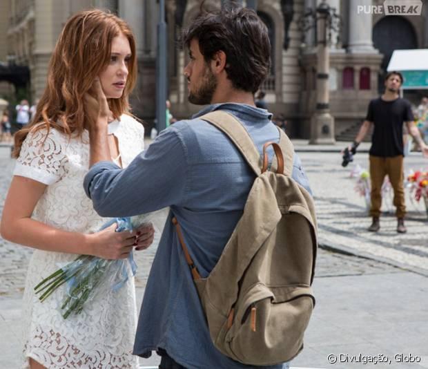 """Em """"Totalmente Demais"""", Eliza (Marina Ruy Barbosa) e Jonatas (Felipe Simas) deixam clima rolar solto em reencontro!"""