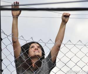 """Em """"Amor à Vida"""", Aline (Vanessa Giácomo) tenta fugir da prisão!"""