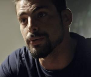 """Em """"A Regra do Jogo"""": Juliano (Cauã Reymond) escuta toda a verdade sobre a facção após conversa com Zé Maria (Tony Ramos)!"""