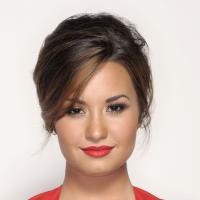 """Demi Lovato desabafa sobre morte de ator e uso de drogas: """"Vício é uma doença"""""""