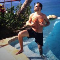 Liam Payne, do One Direction, vira sereia e é elogiado por Lady Gaga no Twitter