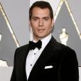 """Destaque em """"Batman Vs Superman"""", Henry Cavill fala sobre atuação e dinheiro"""
