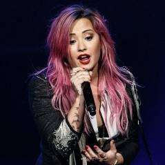 "Demi Lovato se diverte no primeiro show da ""The Neon Lights Tour"""