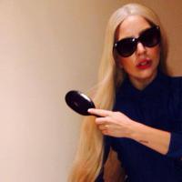 Depois de Valesca Popozuda, Lady Gaga decide gravar clipe em castelo!