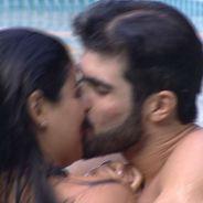 """No """"BBB16"""": Munik e Laham ficam e o clima esquenta com direito a beijo na piscina!"""