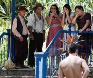 """Novela """"Êta Mundo Bom!"""": Klebbe Toledo deixou o público de casa suspirando em cenas que apareceu nu"""