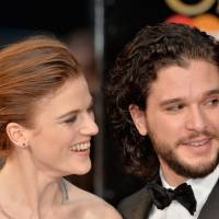 "Kit Harington, o Jon Snow de ""Game of Thrones"", assume namoro com atriz da série!"