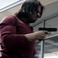 """De """"Capitão América 3"""": Soldado Invernal luta contra o time do Homem de Ferro em novo vídeo!"""