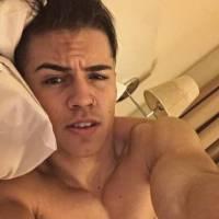 """Biel diz que manda nudes: confira fotos ousadas do cantor de """"Melhor Assim""""! OMG"""