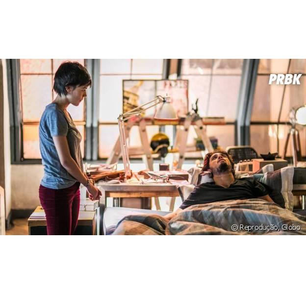 """Em """"Totalmente Demais"""": Rafael (Daniel Rocha) e Leila (Carla Salle) se beijam e prometem viajar pelo mundo!"""