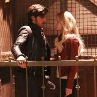 "Em ""Once Upon A Time"": na 5ª temporada, Emma deixa Hook no submundo e retorna a Storybrooke!"