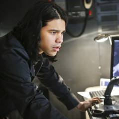"""Em """"The Flash"""": na 2ª temporada, Cisco desenvolve seus poderes em batalha com Ruptura!"""