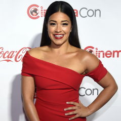 "Gina Rodriguez, de ""Jane The Virgin"", raspa parte do cabelo para novo papel no cinema!"