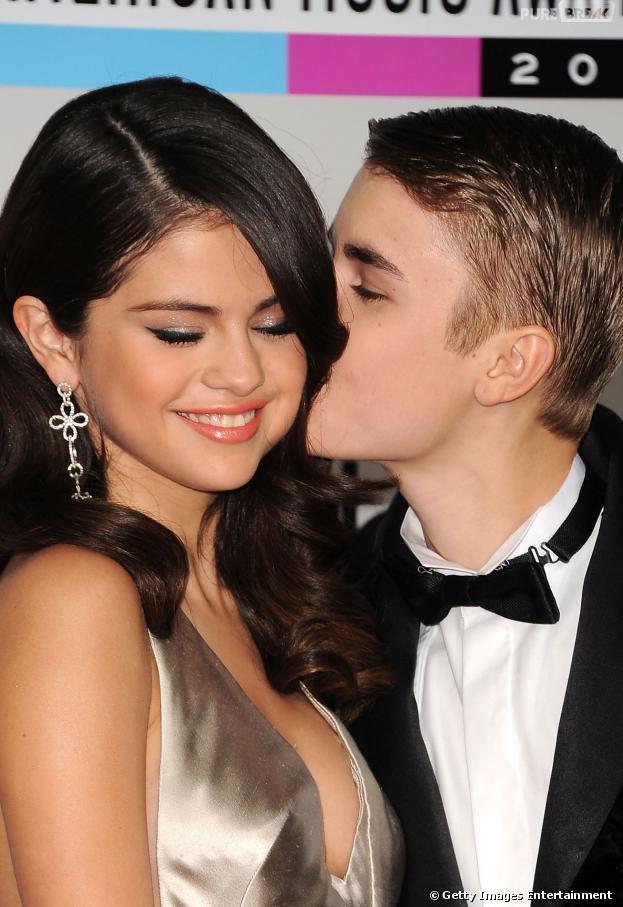 Justin Bieber e Selena Gomez terminaram oficialmente o namoro em janeiro de 2013