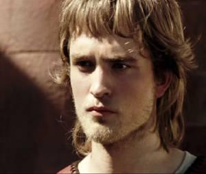 """O primeiro filme de Robert Pattinson foi """"A Maldição do Anel"""", lançado apenas na TV em 2004"""