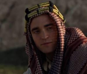 """Robert Pattinson pôde ser visto pela última vez nas telonas em 2015, no filme """"Rainha do Deserto"""""""