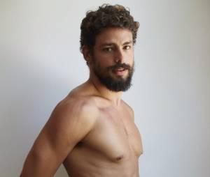 Cauã Reymond já tirou a roupa para o ensaio fotográfico de Mario Testino