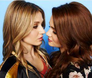 """Em """"Faking It"""", Karma e Amy devem ficar juntas no final da série, segundo criador"""