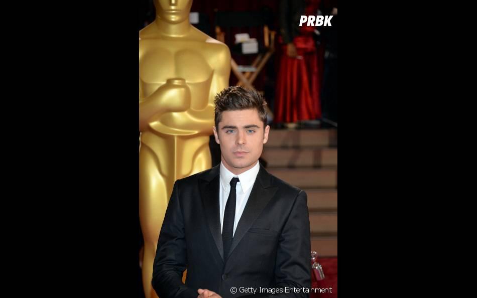 Zac Efron chegando no Oscar 2014