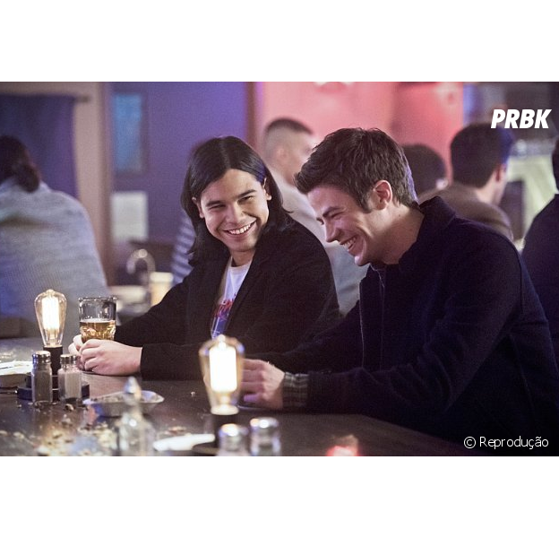 "De ""The Flash"", Grant Gustin e Carlos Valdés falam sobre detalhes da 3ª temporada"
