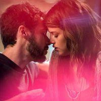 """Novela """"Haja Coração"""": Camila (Agatha Moreira) e Giovanni se beijam pela primeira vez!"""