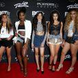 Os looks do Fifth Harmony no tapete vermelhoZ100's Jingle Ball 2015 são os favoritos do Purebreak