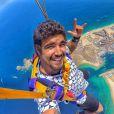 Caio Castro pulou de  paraquedas em viagem que faz da Califórnia até o Brasil