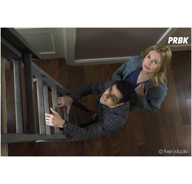 """Em """"O Exorcista"""": Thomas (Alfonso Herrera) tenta ajudar família em novo trailer!"""