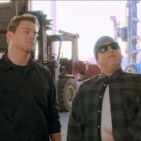 """Em """"Anjos da Lei 2"""": Channing Tatum e Jonah Hill se infiltram com visual bizarro"""