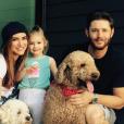 "Jensen Ackles, de ""Supernatural"", e Danneel Harris já são pais de Justice, de 3 anos"
