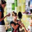 """Em """"Malhação"""", a Ju (Agatha Moreira) fez um blog pra virar conselheira de moda e maquiagem!"""