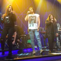 """Luan Santana e Anitta cantam juntinhos e surpreendem fãs no """"Música Boa Ao Vivo"""". Assista!"""