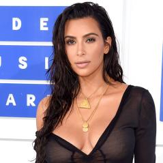Kim Kardashian aparece pelada no Snapchat e surpreende seguidores! OMG!