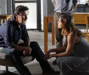"""Em """"Além do Horizonte"""", Paulinha (Christiana Ubach) é quem vai contar a verdade para LC (Antônio Calloni)"""