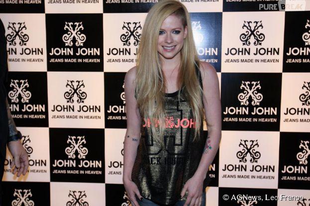 Avril Lavigne gera polêmica com seu Meet & Greet no Brasil