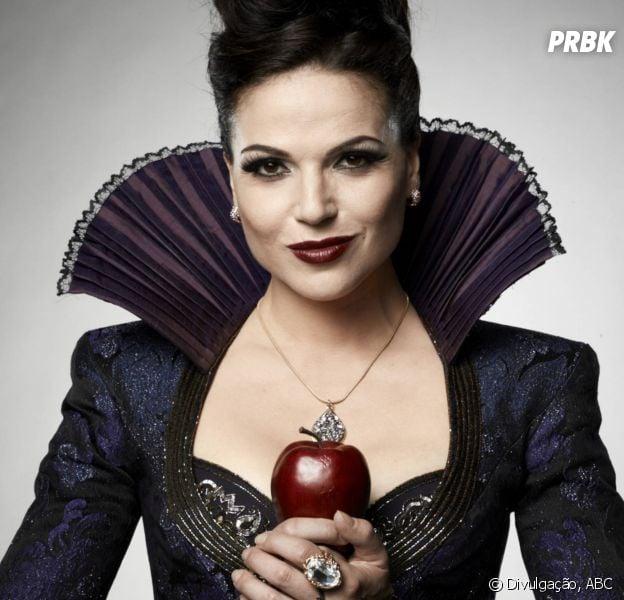 """Regina (Lana Parrilla) é a grande vilã da 6ª temporada de """"Once Upon a Time"""""""
