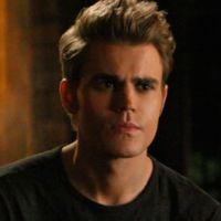 """Em """"The Vampire Diaries"""", na 8ª temporada, Paul Wesley fala que """"coisas podem ficar obscuras"""""""