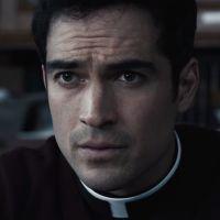 """De """"O Exorcista"""", com Alfonso Herrera, atores relatam atividades paranormais no set de filmagem!"""