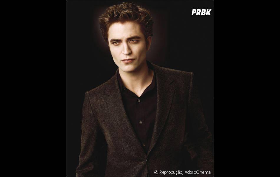 """Robert Pattinson ficou famoso por viver o romântico Edward Cullen da saga """"Crepúsculo""""!"""