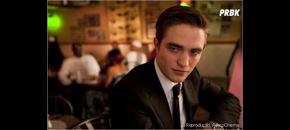 """Todo charmoso, Robert Pattinson no filme """"Cosmópolis"""" de 2012!"""
