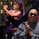 """Ariana Grande lança música nova em parceria com Stevie Wonder! Ouça """"Faith"""""""