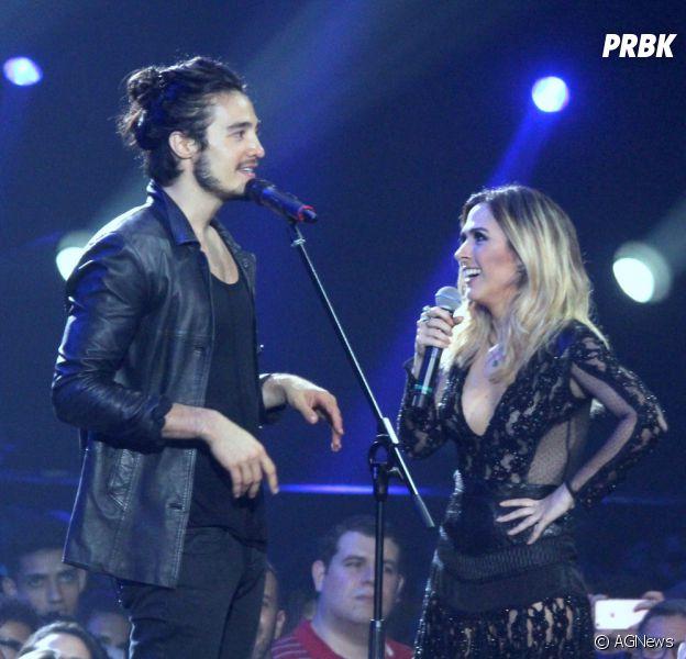 Tiago Iorc e Tatá Werneck se beijaram no Prêmio Multishow 2016 e deixaram fãs loucos