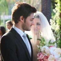 """Final de """"Malhação"""": Micaela e Martin casam em cerimônia tripla!"""