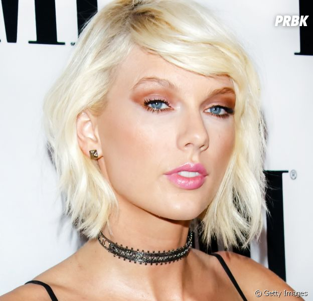 """Taylor Swift alcança 1 bilhão de views com """"Bad Blood"""" e se torna 1ª mulher com marca em três vídeos diferentes!"""