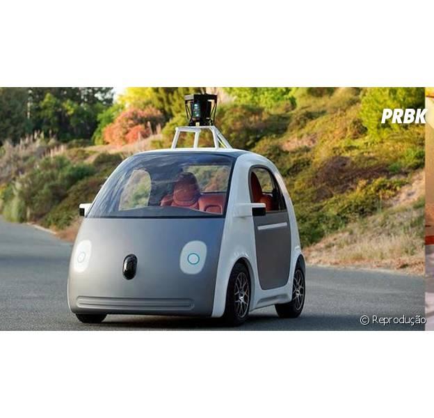 Carro Google dirige sozinho. Ele possui apenas dois botões: parar e andar.