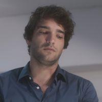 """Novela """"A Lei do Amor"""": Tiago (Humberto Carrão) dá soco em Tião (José Mayer)!"""