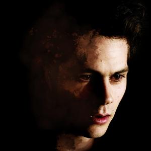 """Final """"Teen Wolf"""": Stiles (Dylan O'Brien) começa a ser lembrado em novo teaser da série!"""