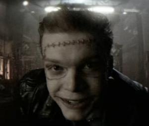 """Em """"Gotham"""": Jerome (Cameron Monaghan) surge com novo visual em teaser"""